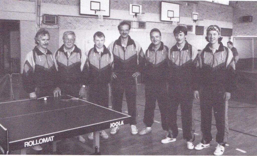 von links nach rechts: Wilfried Quosbarth, Georg Hafermann, Frank Waschipki, Stefan Tünte, Holger Prieur, Christian Kamps und Boesveld